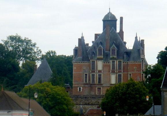 Château de Montmort-Lucy