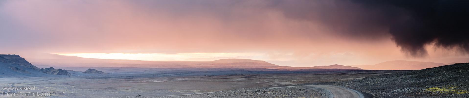 Zonsondergang in de omgeving van Langjökull