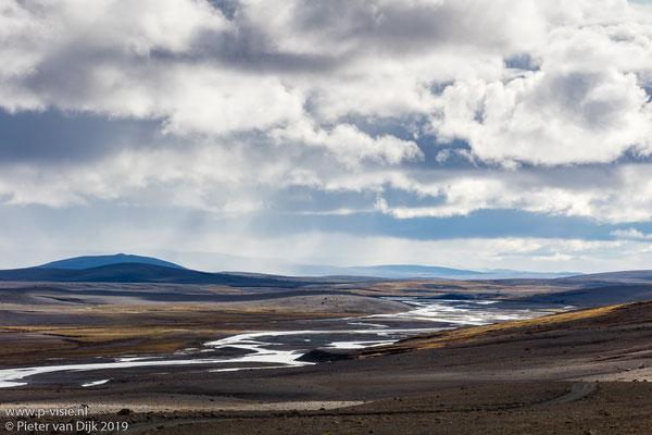 Wolken boven ölfusá rivier