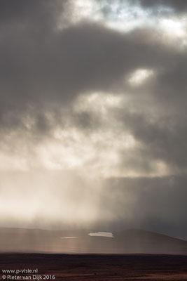 Licht en wolken langs de Kaldidalur