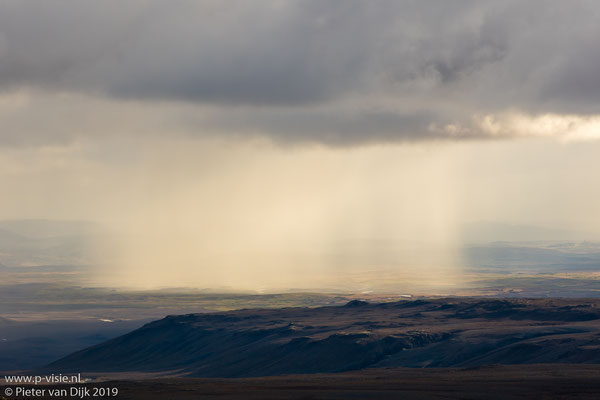 Regenbui boven Kjölur