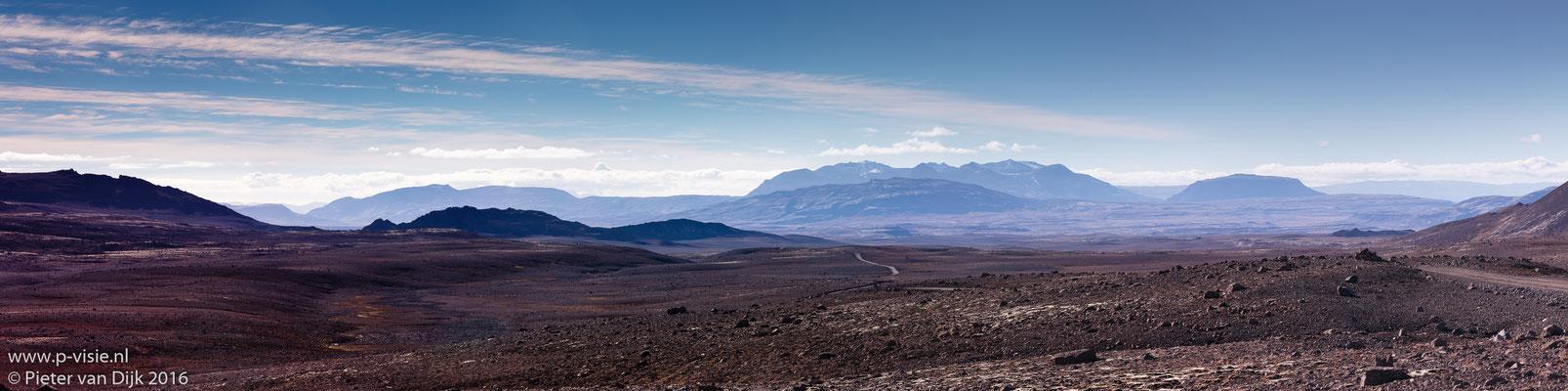 Panorama langs de Kaldidalur