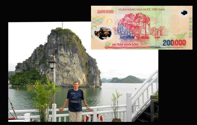 Navegando por la Bahía de Halong -Vietnam