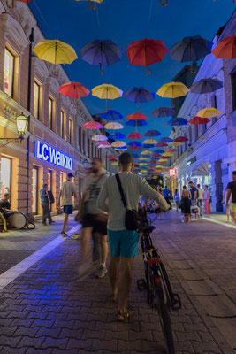 Banja Luka bei Nacht.