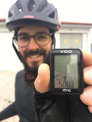 Am nächsten Tag haben wir die 5000km geknackt! Oh yeah!
