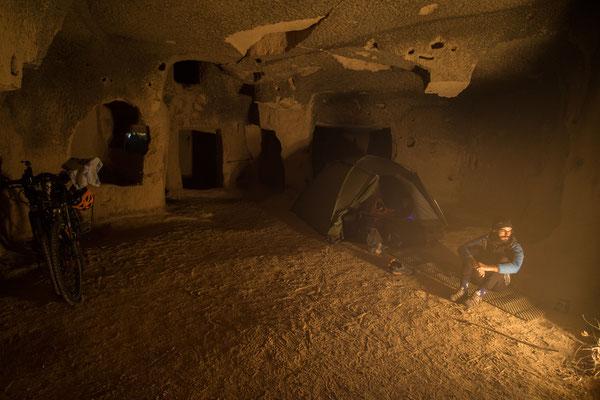 Der aufregendste Platz bis jetzt: Wildcampen in einer Höhle in Kappadokien.