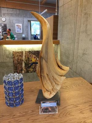 """Ausstellung """"Griffig"""" in der Kletterhalle Griffig in Uster am Hallenbadweg 2, 8610 Uster von Markus Bhend - ©Bhend-Kunstausholz"""