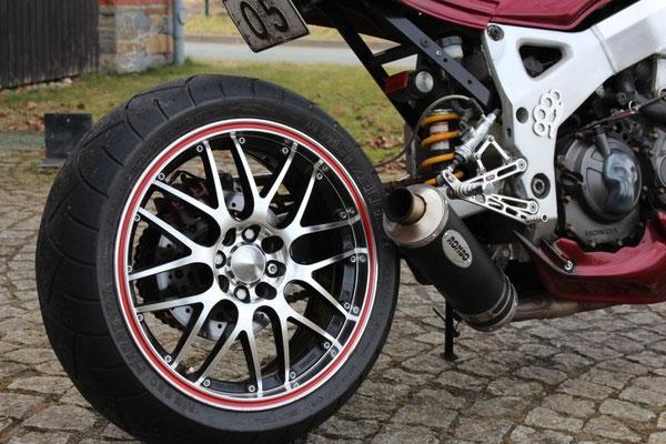 Honda CBR SC28
