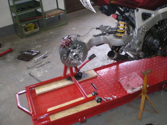Einarmschwingeneinbau Honda CBR