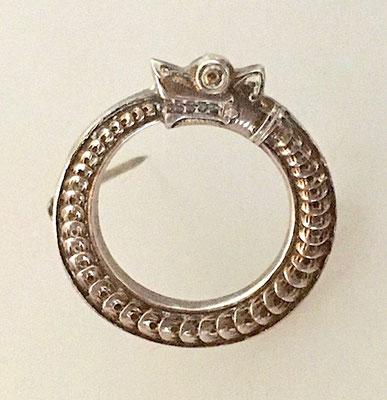 Maße: Durchmesser ca. 2,5 cm. Siehe 830 er Silberpunze und die Herstellerpunze!