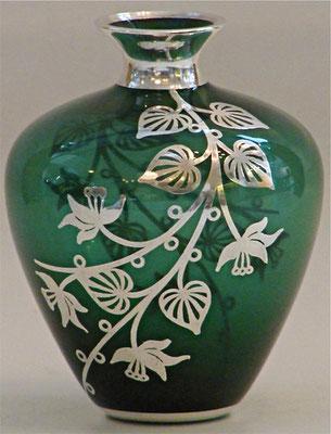 Sehr hochwertige Silberauflage, florales Design in der Art des Jugendstiles.