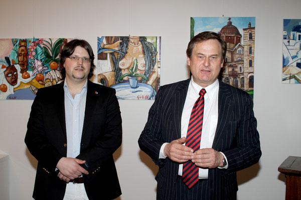 Matthias Laurenz Gräff während der Eröffnung durch Andreas Cwitkovits. Foto Martin Kalchhauser / NÖN Horn