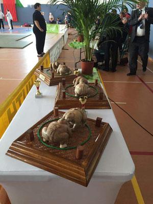 Die ersten Preise waren von besonderer Güte und Qualität.