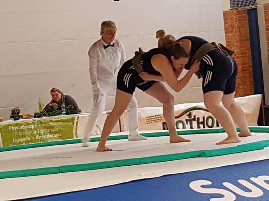 Kerstin Schmitzdorf vs. Anika Schulze - einer der packendsten und längsten Kämpfe des Bashoos.