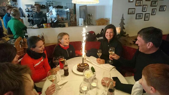 Geburtstagsparty mit lieben Freunden vom Stock Resort
