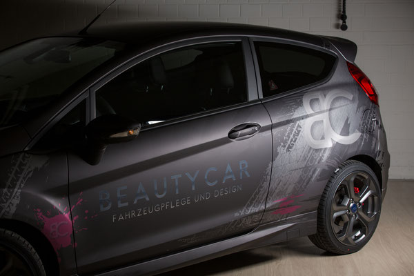Beauty Car Werbevollfolierung, Carwrapping, Ford Fiesta