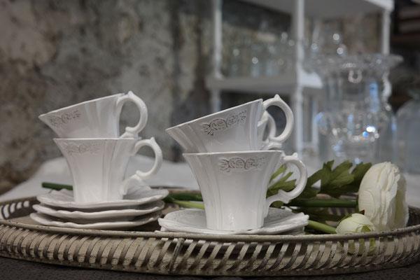 Tassen-aus-der-Toscana
