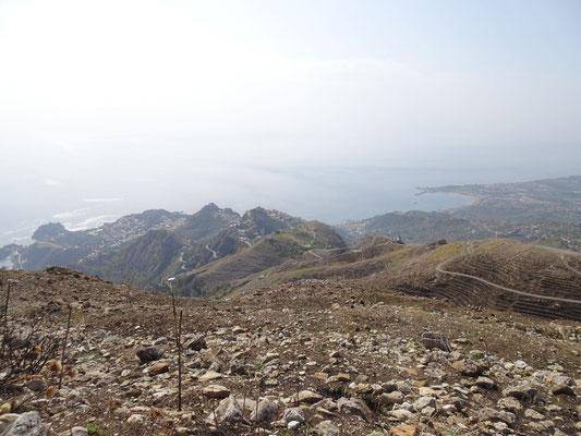 Panoramablick auf die Ostküste von Sizilien
