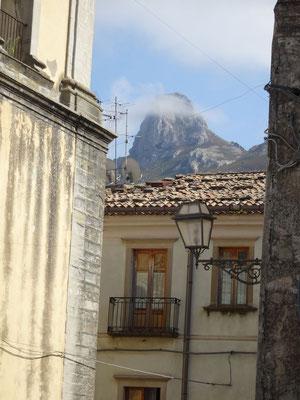 Blick auf die Rocca di Novara