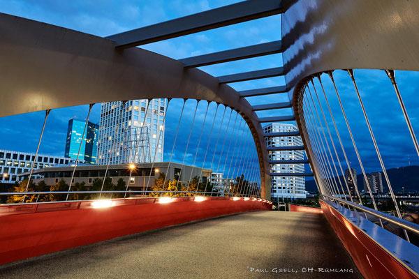 Gleisbogenbrücke bei Dämmerung - #0957