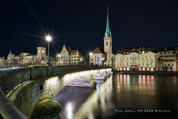 Zürich Münsterbrücke und Kirche Fraumünster bei Nacht - #3885