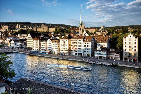 Zürich - Limmatschiff, Blick vom Lindenhof