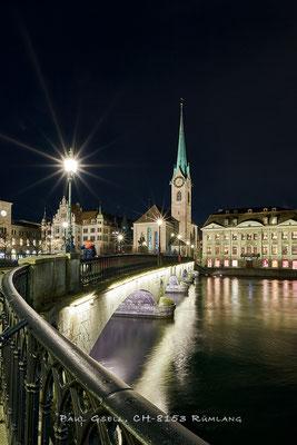 Zürich Münsterbrücke und Kirche Fraumünster bei Nacht - #3879