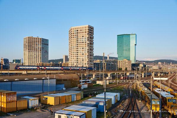 Zürich - SBB Gleisareal mit Prime Tower
