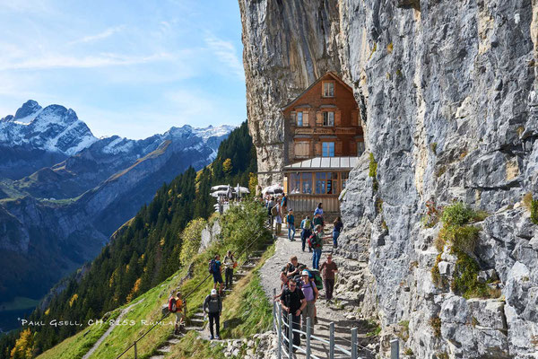 Berggasthaus Aescher-Wildkirchli im Appenzellerland