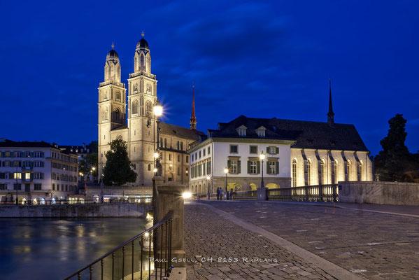 Zürich bei Nacht - Münsterbrücke, Grossmünster - #4899