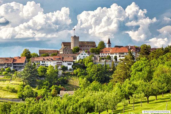 Blick auf Regensberg bei Dielsdorf
