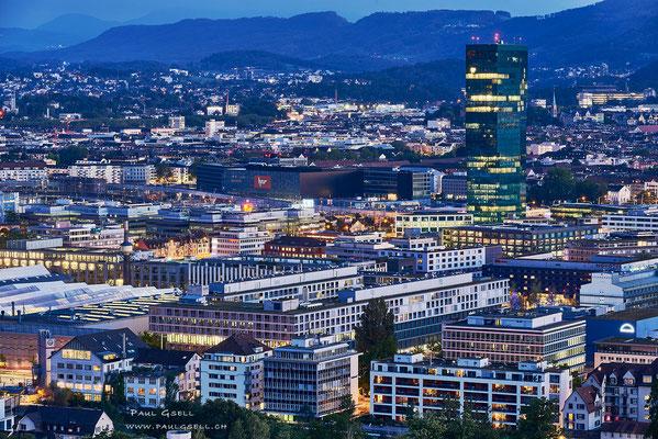 Züri-West zur blauen Stunde - Blue hour in Zurich - #2456