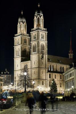 Zürich Grossmünster zur Weihnachtszeit -#3852