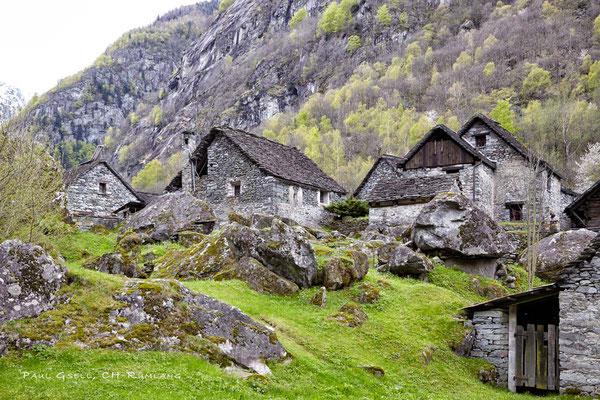 Steinhäuser bei Sonlerto