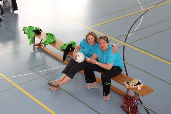 Unsere Schiri-Schwestern Lisbeth und Daniela