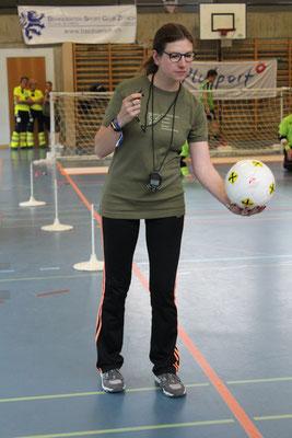 Alex im Einsatz als Schiedsrichterin