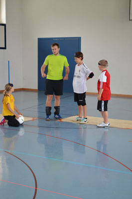 Kids mit Trainer Jonas