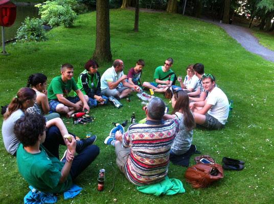 Abendesssen im Park von Sint Niklaas