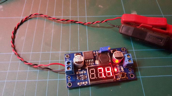 Spannungswandler-DROK® LM2577 Boost-Wandler >> Eingangsspannung anlegen