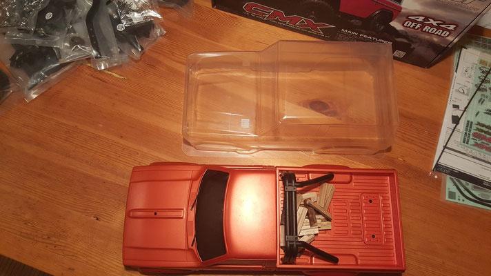 MST CMX Ford Bronco Größenvergleich #2