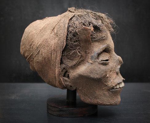 Egyptian mummified head / Cabeza momificada egipcia (oddities, curiosités, raro) - R
