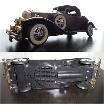 Radio en forma de coche (años 70)
