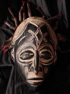 Máscara Tribal / Espiritual - Chokwe (Angola) - Tribal Mask / Spiritual