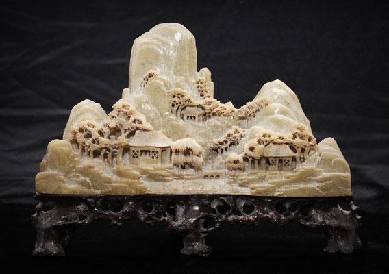 Dushan / Shousan stone carved - piedra tallada (獨山 - 綬)