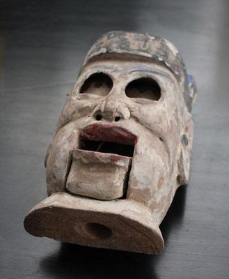Extraña y antigua cabeza de marioneta china / Strange and old chinese puppet head