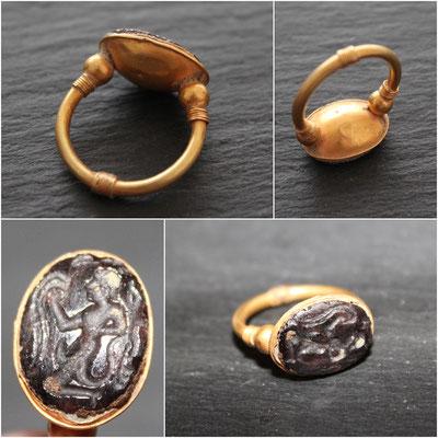 Roman ring 21k Gold & intaglio / Anillo romano en Oro de 21k e intaglio
