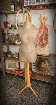 Antiguo maniquí Modista / Old Mannequin Dressmaker