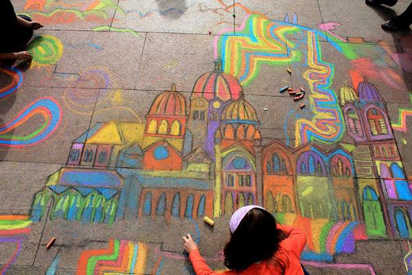 Straßenmalerei Projekt mit Kindern in Marseille