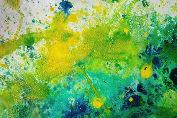 abstraktes Gemälde in gelb, grün und Blautönen