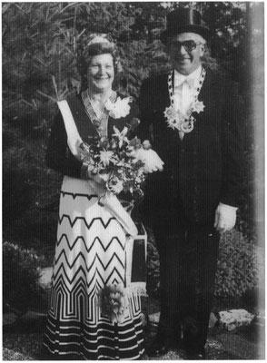 1976-77 Hermann und Thekla Knelangen